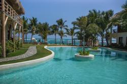 Zoerty Agua Punta Cana