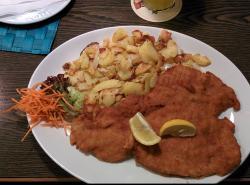 Bayerisches Schnitzel- &  Hendlhaus