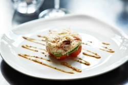 Quinta Bar & Restaurant