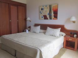 Riu Garoe Bedroom