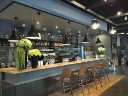 L'Initiale Cafe