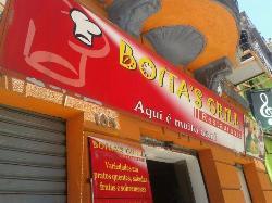 Boitas Grill