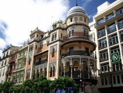 Edificio La Adriatica