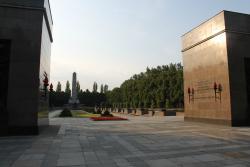 Sowjetisches Ehrenmal Schonholzer Heide