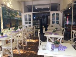 Dunav Restaurant & Cafe