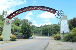 Estrada do Imigrante
