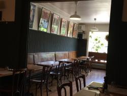 Platane Bar-Restaurant