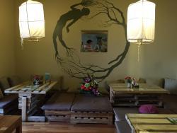 Om Hanoi Yoga Studio & Vegetarian Café