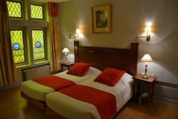 Brit Hotel Les Comtes de Champ