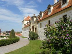 Zamecky hotel Hubertus