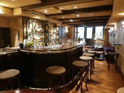 Rossli Bar