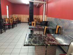 Qoraxlow Restaurant