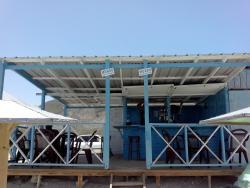 Mundo Water Sports Bar & Grill