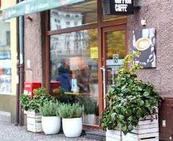 21 Cafe & Restaurant