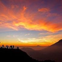 sikunir sunrise dieng plateau wonosobo (155874612)