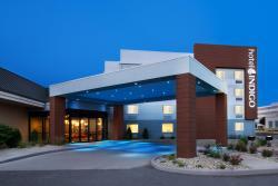 クラリオン ホテル クリーヴランド イースト/ビーチウッド