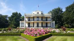 キャスティール デ ヴェネンブルグ ホテル
