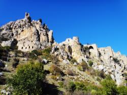 Замок Святого Илариона