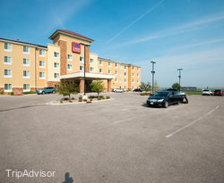Comfort Suites Hotel & Convention Center Rapid City
