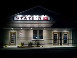 Station 52 Restaurant and Sports Bar