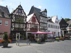 Marktplatz mit Ochsenbrunnen