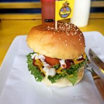 Skooby Hotdogs & Burgers
