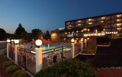 傑尼瓦湖海港酒店