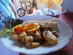 Restaurant R-Club