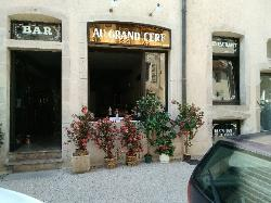 Au Grand Cerf