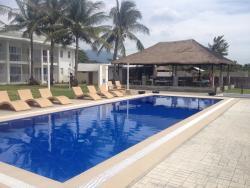 Island Waters Resort