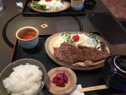 レストラン 牛石