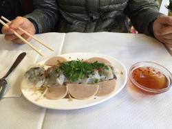 Bun cha hanoi (10.30 euro) Banh cuon nhan thit(8.20 euro) C'est bon~ 음식이 깔끔하게 잘 나온다. Banh cuon n