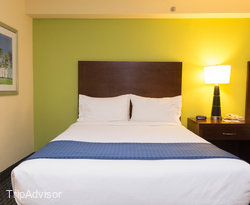 The Double Queen Room (City View) at the Holiday Inn Hotel & Suites Daytona Beach