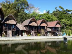 Kedisan Resort & Resto Apung