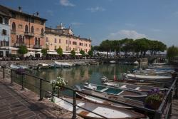 """Porto Vecchio, """"The Little Harbour"""" of Desenzano Del Garda"""
