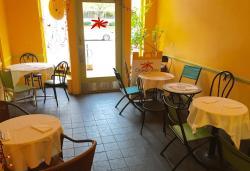 Orange Glory Cafe