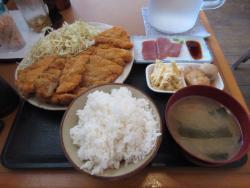 Shuri Shokudo Akabana