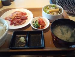 Yakiniku (Grilled meat) Ya Kuidon Plena Makuhari