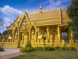Wat Paknam Jolo