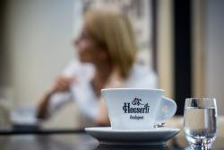 Hecserli Café