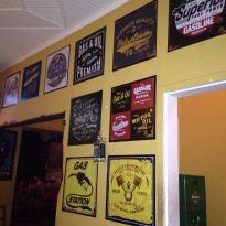 V8 Rock Pub