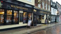 The Golden Lion - J D Wetherspoon