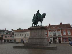 Statyn pa Kungstorget