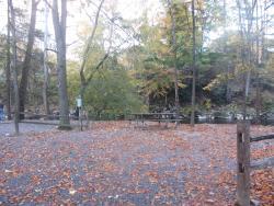 Full hookup creekside site