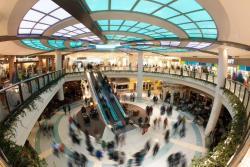泰森斯角大型购物中心