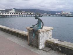 Monument Pingvin-Filosof
