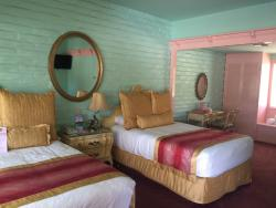 The pink double bedroom is Fabulous Fifties, dining area and cant remember the other room's name
