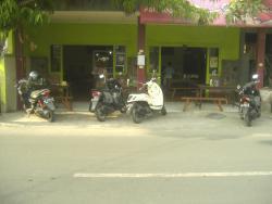Warung Pak Sedan