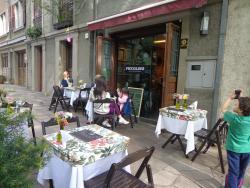 Piccolino Cafe E Gastronomia