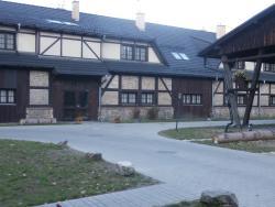 Osiecznica Zamek Kliczkow stable area bldg 1